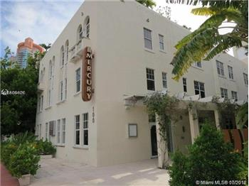 100  Collins Ave  211