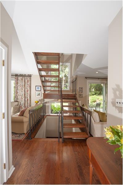 10 Dezac Arbordeau, Devon Floating Stairs