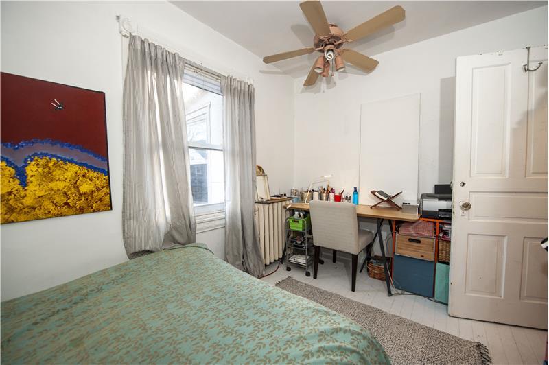 10 Thomas Avenue Apartment Bedroom