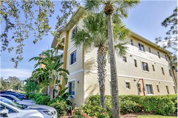 10010 Maddox LN, Bonita Springs, FL