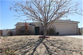 1008 Oakwood Lane, Rosamond, CA