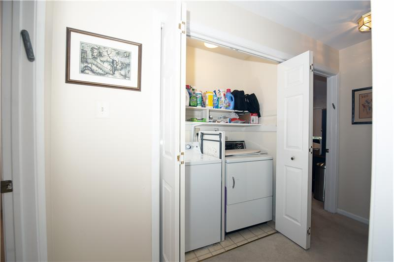 1029 Kennett Way, West Chester, Main Level Laundry