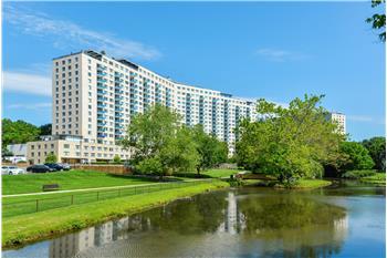 10401 Grosvenor Place, N. Bethesda, MD