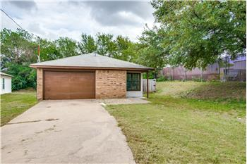 1045 Ramey Circle, Denton, TX