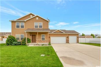 Primary listing photos for listing ID 568793