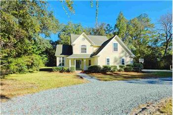 Primary listing photos for listing ID 581900