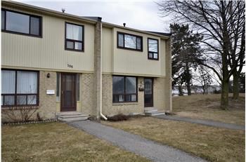 107 Guildford Cres., Brampton, ON