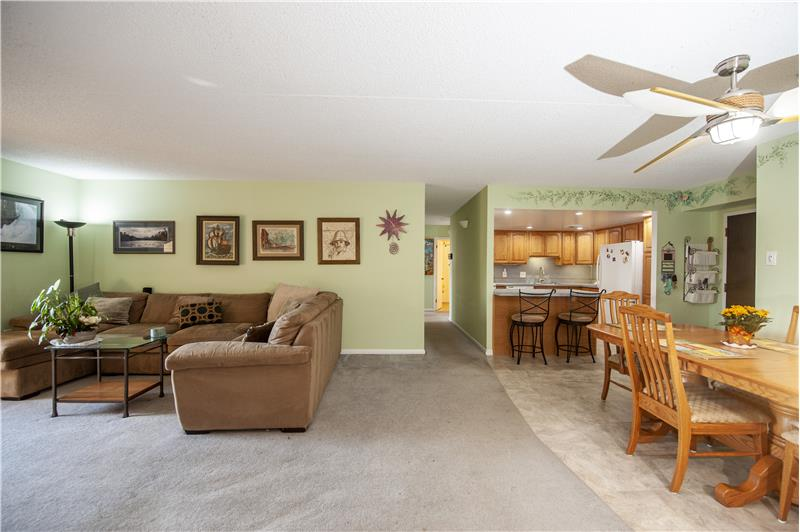 10714 Valley Forge Circle Interior View