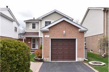 1077 Moorelands Crescent, Pickering, ON