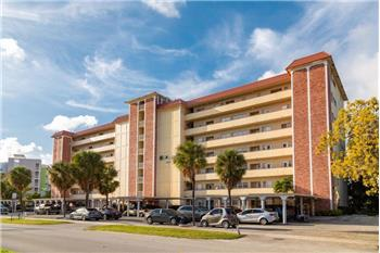 THIS 1/1 APARTMENT HAS BEEN COMPLETELY REMODELED IN ONE OF THE ...