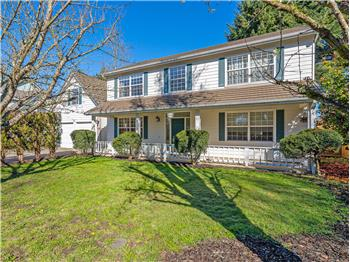 1102 W D, Springfield, OR