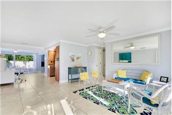 1132 NE 2nd Ter Terrace, Boca Raton, FL