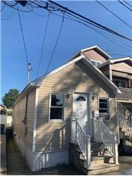 114 Baden Pl, Staten Island, NY