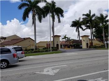 11781 SW 103 Ln, Miami, FL