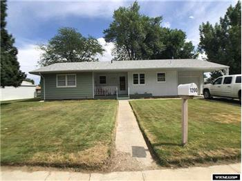 1200 Circle 114 N 9th St, Worland, WY