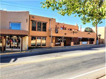 122, 124 Paseo Pueblo Sur-101 Camino de la Placita, Taos, NM