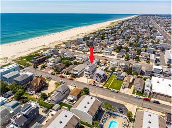 New Construction - 7th off Ocean in Ship Bottom, NJ!