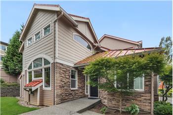 12753 SE 41st Place 424, Bellevue, WA