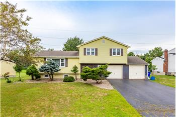 130 Pheasant Dr, Rocky Hill, CT
