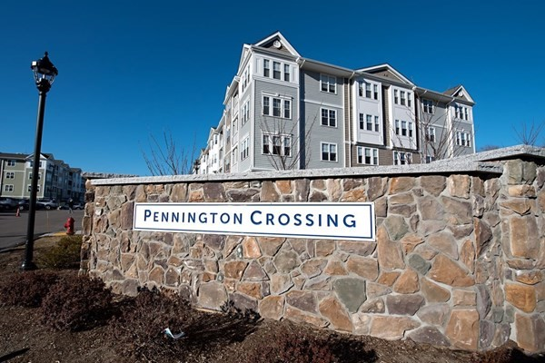 Pennington Crossing Condos in Walpole