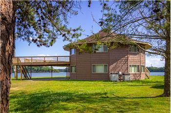 137 Island Harbor Ln, Mooresburg, TN
