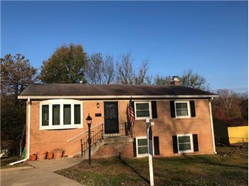 13706 Kenslow Ct, Woodbridge, VA