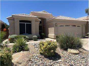 Primary listing photos for listing ID 570602