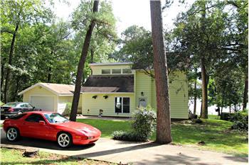 149 W Dogwood, Trinity, TX