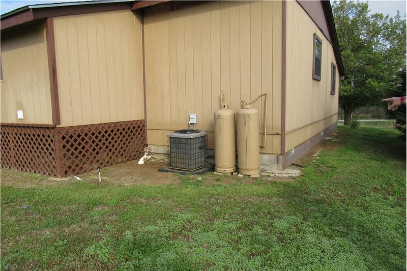 Central Electric H&A. Propane for Kitchen stove and