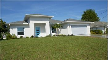 171 Mark Twain Ln, Rotonda West, FL