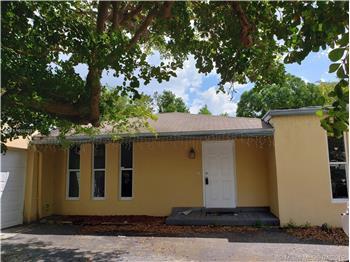 17131 SW 85 Ave, Palmetto Bay, FL