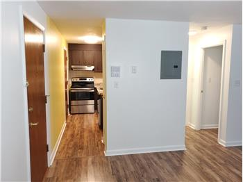 Primary listing photos for listing ID 583991