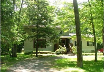 1723 Stag Run, Pocono Lake, PA