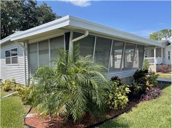 177 Woodland Dr., Leesburg, FL