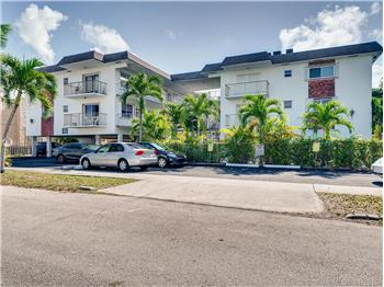 1840 Dewey St 205, Hollywood, FL