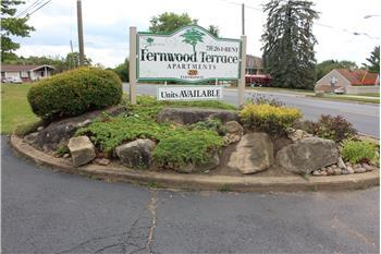 200 Fernwood Ave Apt  # 28, Wintersville, OH