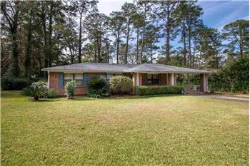 Primary listing photos for listing ID 582454