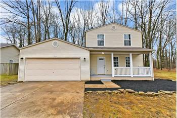 Primary listing photos for listing ID 582236