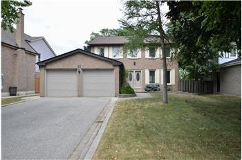 21 Newcastle Cres., Brampton, ON