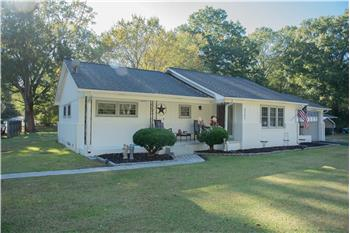 2101 Montague Ave Ext, Greenwood, SC