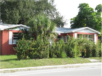 2204 N Orange Ave, Sarasota, FL