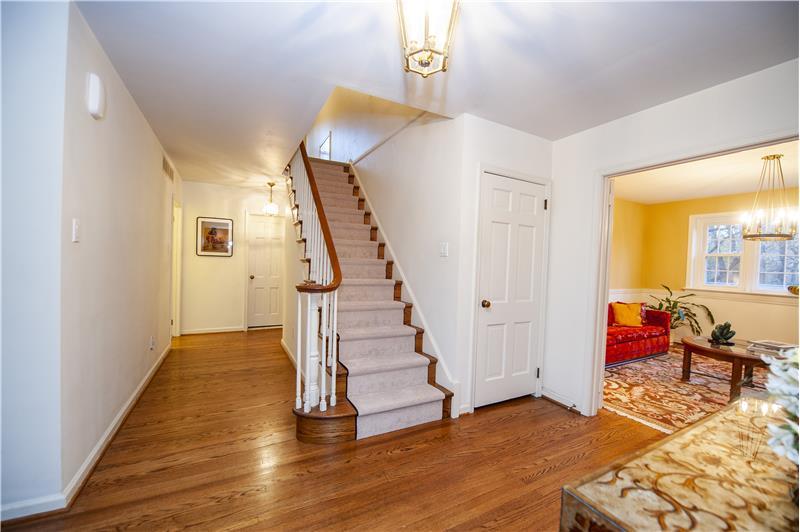 2232 N Stone Ridge Lane Stairs