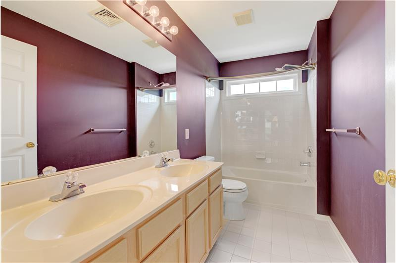226 Paperbirch Drive, Collegeville, Bathroom 3