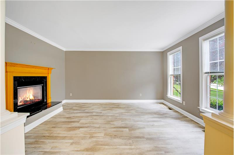226 Paperbirch Drive, Collegeville, Living Room