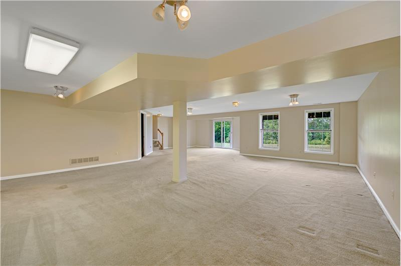 226 Paperbirch Drive, Collegeville, Lower Level