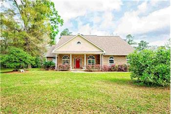 Primary listing photos for listing ID 584149