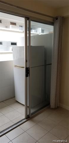 Full Size Refrigerator on Lanai
