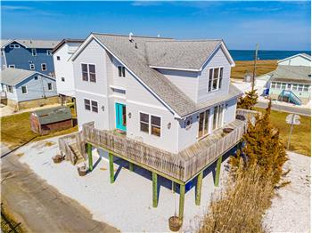 Stunning 2-Level Contemporary located on Cedar Bonnet Island!