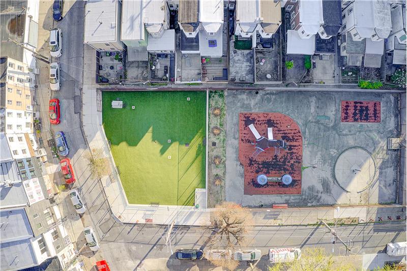 2568 Collins Street Aerial View of Neighborhood