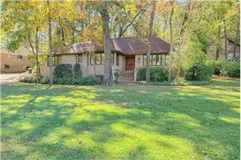 Primary listing photos for listing ID 581765